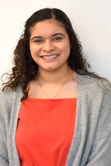 Headshot photo of Mayra González Menjívar