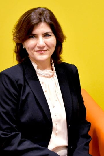 Headshot photo of Maria Darie